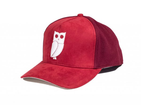 Rood suede trucker cap. Uil. Caps kopen. Pet kopen. Beste kwaliteit. Veryus