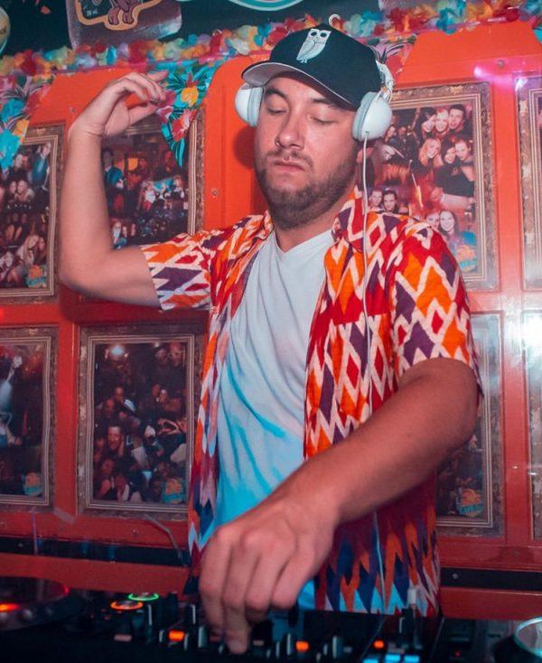 Kav Verhouzer Zwarte Suede Uil Trucker Cap DJ